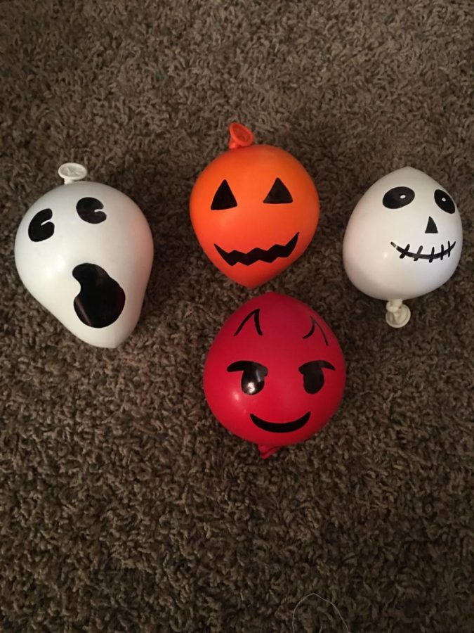 Halloween+Stress+Ball+DIY